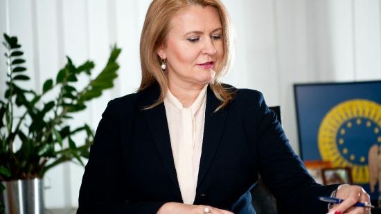 Europoseł Łukacijewska staje w obronie dyrektora Skansenu