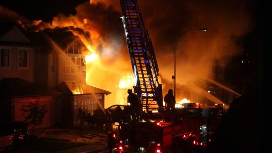 Pożar budynku gospodarczego w Długiem. Straty na około 100 tys. zł