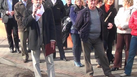 Pikieta protestacyjna w Lesku. Dyrektor SP ZOZ: Jakie licho? (FILM)