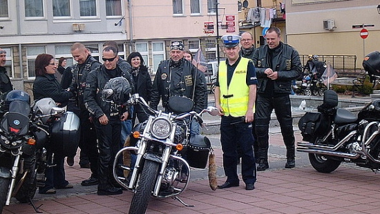 Patrz w lusterka – motocykle są wszędzie. Inauguracja sezonu motocyklowego w Sanoku