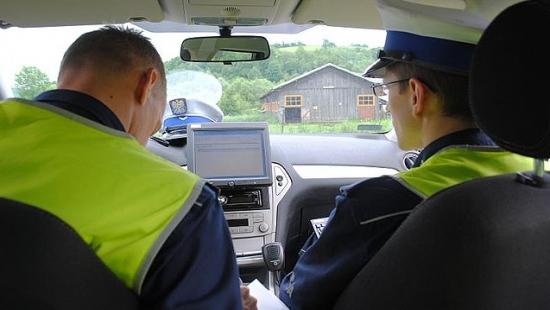 145 km/h w Starej Wsi. Kierowcy pożegnali się z prawem jazdy