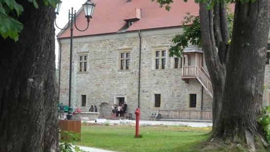 SANOK: Piorun uderzył w Muzeum Historyczne. Straty na kilkanaście tys. zł. Kiedy dofinansowanie z Urzędu Marszałkowskiego?