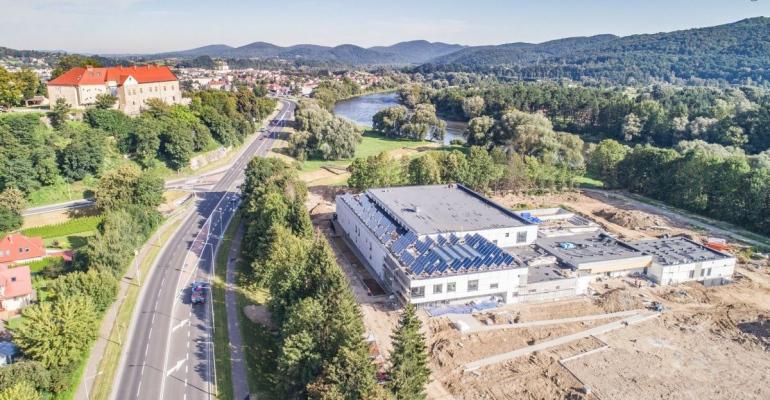 SANOK: Centrum Rehabilitacji i Sportu. Zobacz zdjęcia z lotu ptaka!