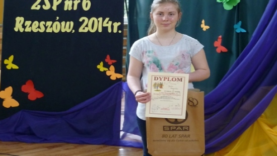 ZAGÓRZ: Julia wyśpiewała sukces w Wojewódzkim Konkursie Piosenki Obcojęzycznej