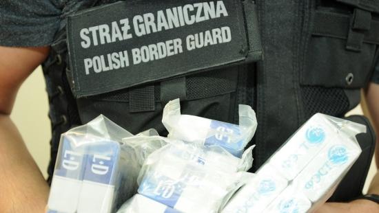 Zlikwidowano grupę przestępczą handlującą nielegalnymi papierosami