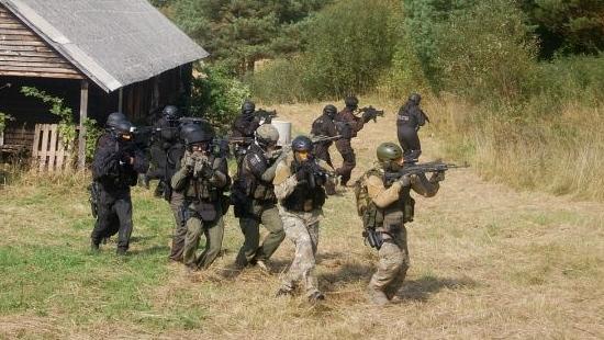 Bezpieczeństwo (bez) granic. Ćwiczenia polskich służb w Bieszczadach (ZDJĘCIA)