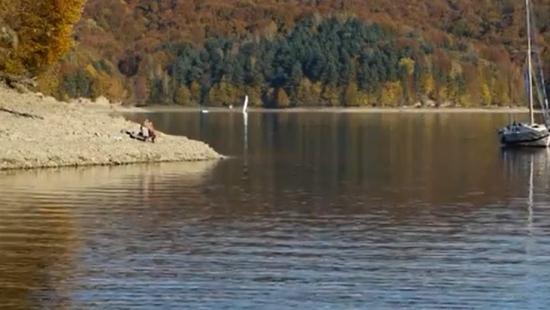 Wyłowiono zwłoki mężczyzny z Jeziora Solińskiego