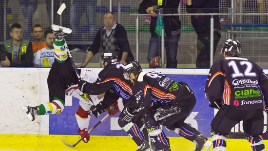Zobacz pełny terminarz Polskiej Hokej Ligi. Jeszcze we wrześniu sanoczanie zagrają u siebie trzy razy