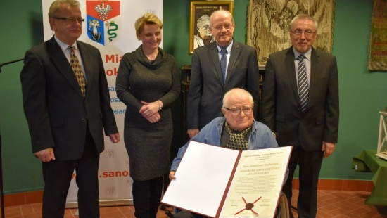 Janusz Szuber Honorowym Obywatelem Miasta Sanoka (VIDEO, FOTO)