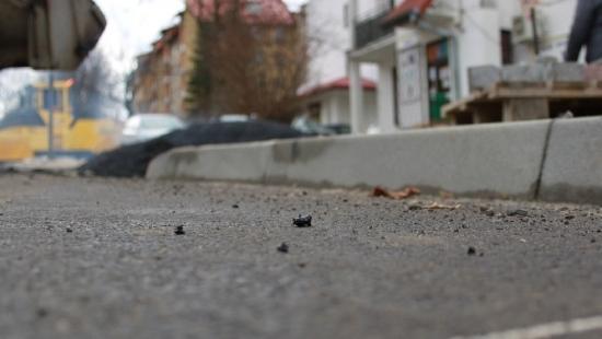 """INTERWENCJA: Bubel na remontowanej drodze. """"To pułapka dla pieszych"""" (ZDJĘCIA)"""