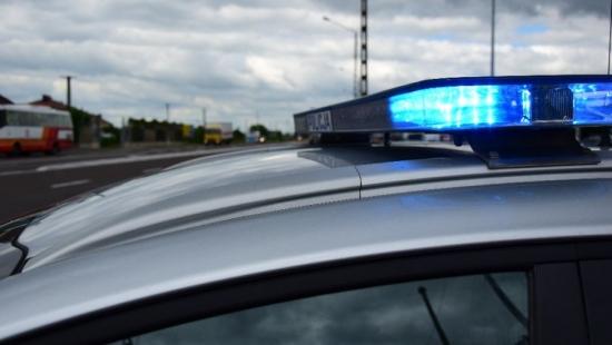 Policjanci eskortowali rodzącą kobietę do rzeszowskiego szpitala