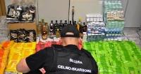 KORCZOWA: Kontrolowali bazar – zatrzymali 113 kg tytoniu do fajki wodnej (ZDJĘCIA)
