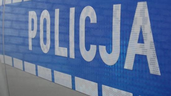 Pijany kierowca dachował w Rogóżnie. Stracił prawo jazdy