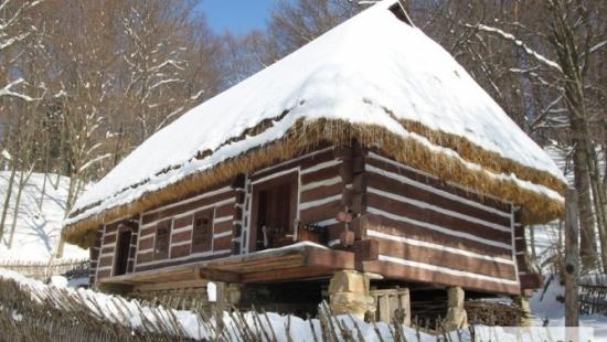 Sanocki Skansen zachwyca zimą (ZDJĘCIA)