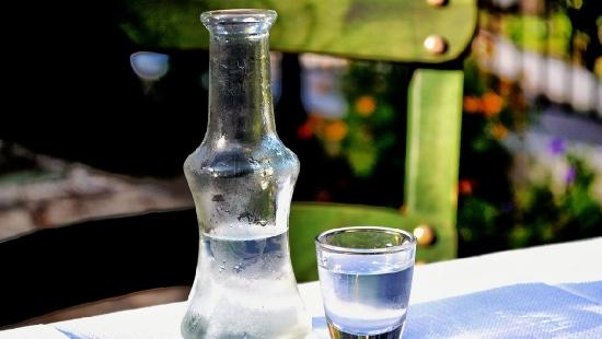 To nie alkohol, to trucizna! Służba celna ostrzega