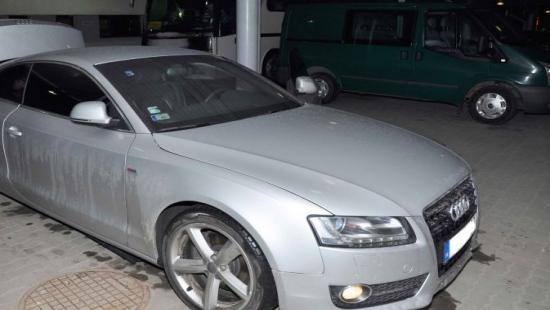 Trzy kradzione pojazdy o wartości blisko 200 tys. zł zatrzymane na granicy