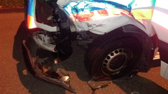 Wypadek z udziałem karetki pogotowia. 9-letni chłopiec w szpitalu (ZDJĘCIA)