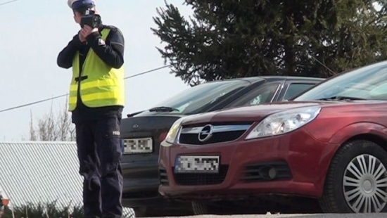 MARZEC: Policjanci z komendy w Sanoku wystawiali prawie 20 mandatów dziennie (ZESTAWIENIE)