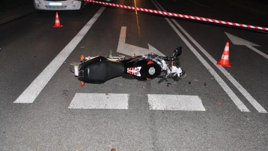 Śmiertelny wypadek motocyklisty. 21-latek zmarł w szpitalu (ZDJĘCIA)