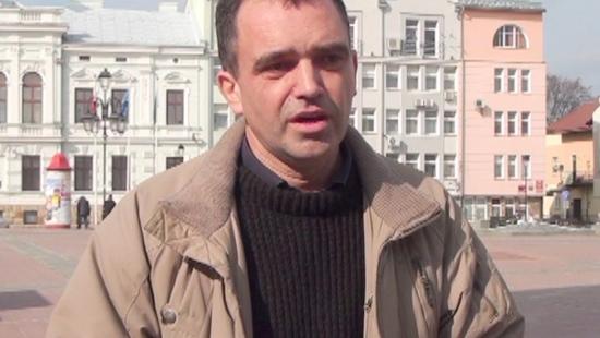 """Historyk o egzekucji na sanockim Rynku. 1 MARCA: Narodowy Dzień Pamięci """"Żołnierzy Wyklętych"""" (FILM)"""