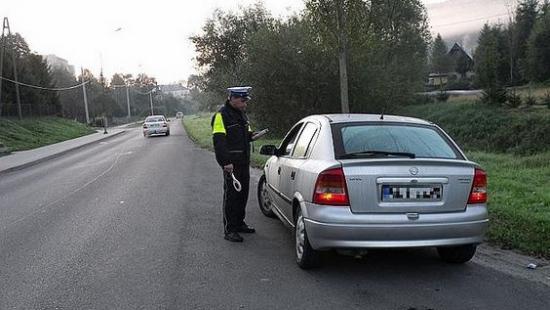 """5 pijanych kierowców """"złapanych"""" na terenie powiatu bieszczadzkiego"""