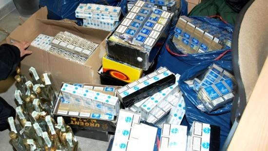 LESKO: Celnicy wykryli ponad 2 tys. paczek papierosów bez akcyzy