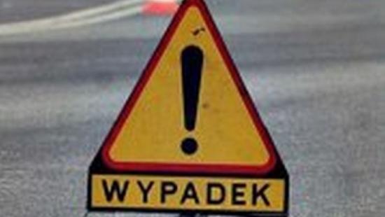 Tragiczny wypadek w Zarzeczu. Kierowca busa nie żyje, zablokowana krajowa 19