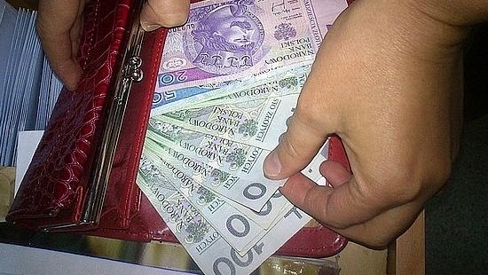 Ukradł portfel, o którym zapomniała właścicielka