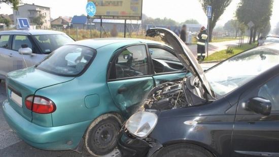 Kolizja trzech samochodów w Krośnie