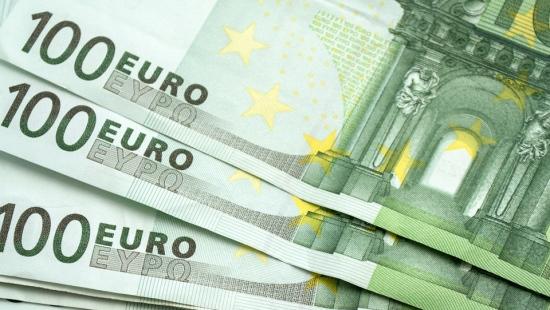 DOMARADZ: Znalazł portfel z 1000 euro i przekazał policji