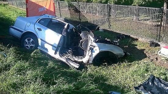 REGION: Tragiczny wypadek w Kołaczycach. Trzy osoby nie żyją. Dwie walczą o życie (ZDJĘCIA)