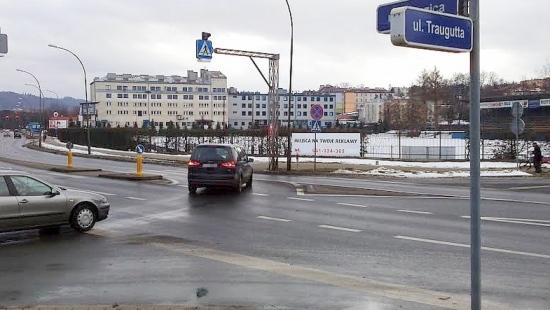 Nietrzeźwy 20-letni mieszkaniec pow. brzozowskiego spowodował kolizję i uciekł z miejsca zdarzenia