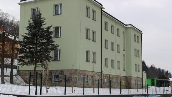 Bursa szkolna idzie pod młotek. Dużo miejsc, mało młodzieży (ZDJĘCIA)