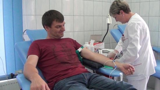 Trudna sytuacja w bankach krwi. W Sanoku brakuje najbardziej grupy Rh- (FILM)