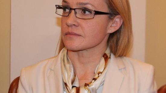 """Alicja Wosik dostała prace w urzędzie marszałkowskim. Szybko pojawiły się głosy o politycznej """"nagrodzie"""""""
