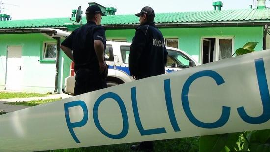 AKTUALIZACJA: Tragedia przy ul. Okulickiego w Sanoku. Nie żyje 31 – letni mężczyzna. Brat zabił brata?