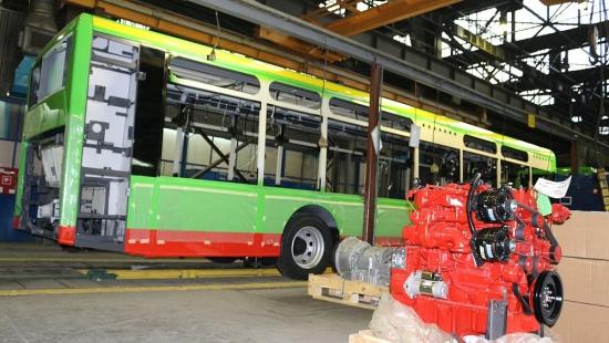 """Autosan podpisał umowę na sprzedaż autobusów z silnikami elektrycznymi! """"To moment historyczny"""" (FILM, ZDJĘCIA)"""