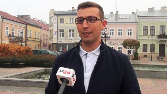 """Fani """"Królewskich"""" po raz pierwszy będą się bawić w stolicy Podkarpacia. Zaprasza Kacper Burczyk (FILM)"""