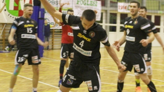 TSV Cellfast Sanok – MKS Andrychów 3:0. Siła drużyny potwierdzona. Do awansu brakuje jednego zwycięstwa (FILM)