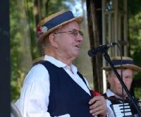 Folkowe święto w Rymanowie Zdroju. Kapele zagrały na dwa świerszcze (FILM)