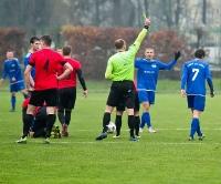 SANOK: Kontrowersyjny karny rozstrzyga derby. W pojedynku wychowanków Stali, górą piłkarze LKSu (SKRÓT VIDEO, ZDJĘCIA)