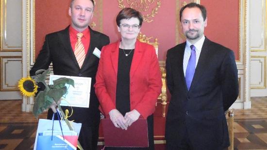 Sukces sanockiego nauczyciela fizyki. Patryk Nisiewicz nominowany do tytułu Nauczyciel Roku 2013