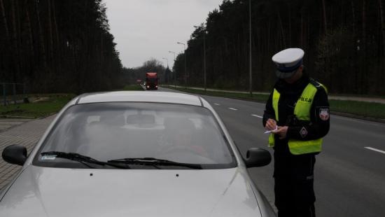 Przekroczenia prędkości w Padwi Narodowej. Pięciu kierowców z zatrzymanym prawem jazdy