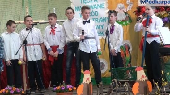 Świątecznie, rodzinnie i bardzo smacznie podczas Kiermaszu Wielkanocnego w Zespole Szkół w Bukowsku (FILM)