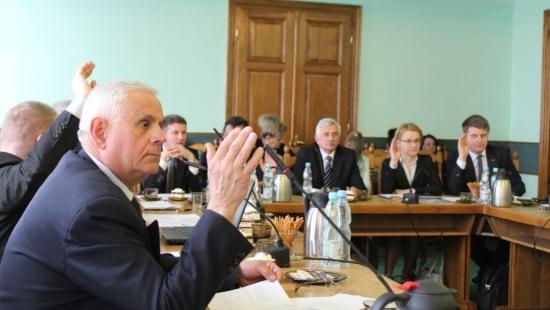 O bezpieczeństwie publicznym podczas sesji Rady Powiatu