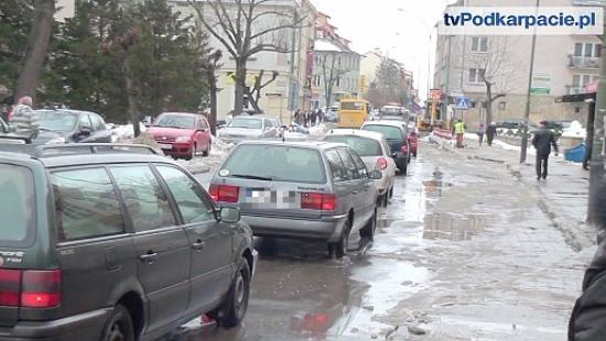 UWAGA KIEROWCY: Utrudnienia w centrum miasta! (FILM, ZDJĘCIA)