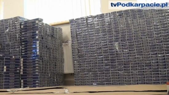 Rekordowy przemyt papierosów ujawnili funkcjonariusze Bieszczadzkiego Oddziału Straży Granicznej (FILM)