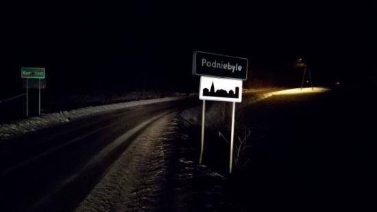 W Podniebylu znaleziono mężczyznę z siekierą w głowie