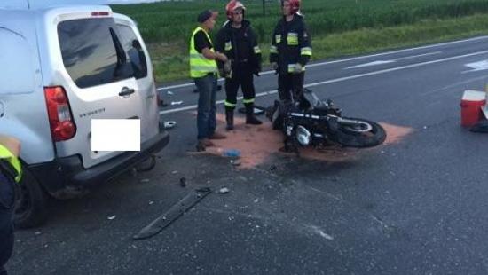 PODKARPACIE: Śmiertelny wypadek pod Rzeszowem. Nie żyje 24-letni motocyklista. Zderzenie zarejestrowała kamera (VIDEO, ZDJĘCIA)