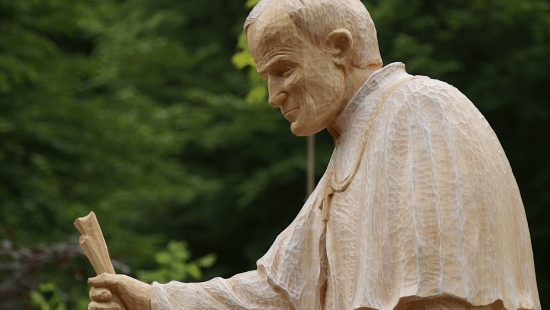 Karol Wojtyła czeka w Zagórzu na pielgrzymów (ZDJĘCIA)